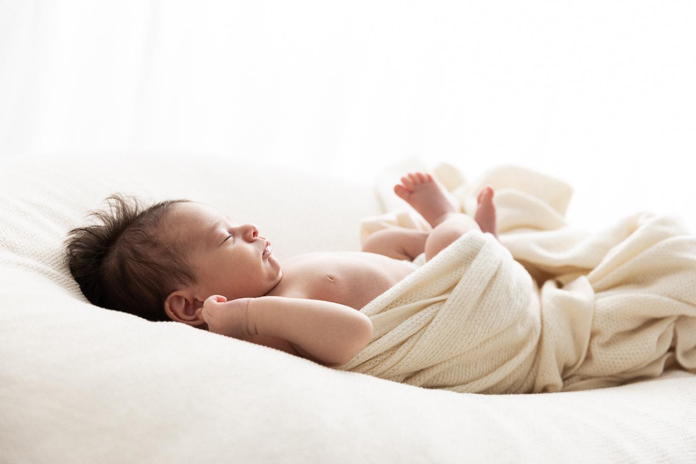 fotografo newborn Prato Firenze Pistoia